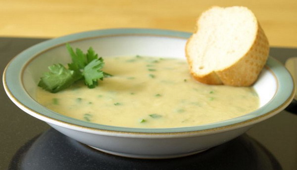 roast-garlic-soup